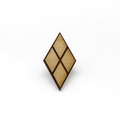 dc-bats-hq-pin-02-foldio